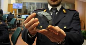 Arresti domiciliari con il braccialetto elettronico